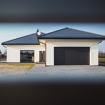 5 kroków do zabezpieczenia bramy garażowej na budowie