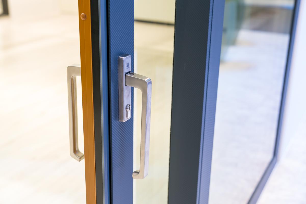 KRISPOL Aluminiowe drzwi HST 2