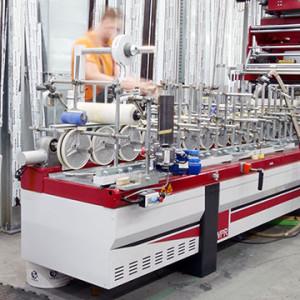 KRISPOL investuje do rozvoje strojního parku: nový olepovač od WPR